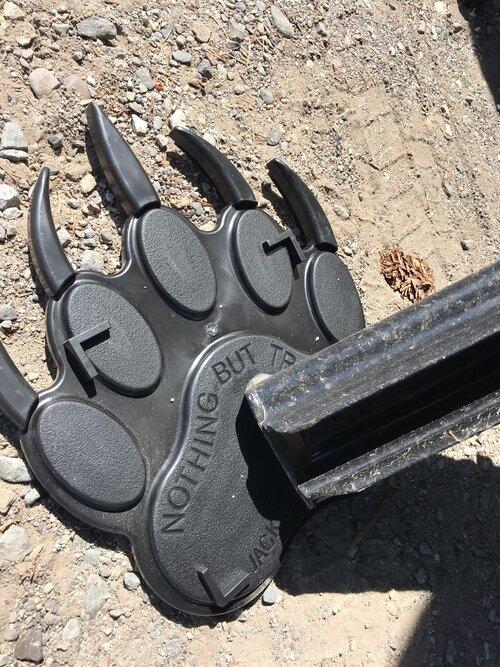 Jack Tracks' bear claw-shaped RV jack pad