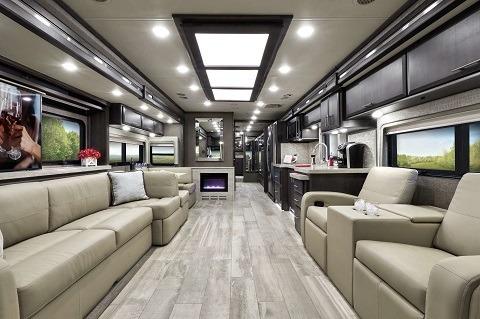 Thor Motor Coach 2020 Venetian