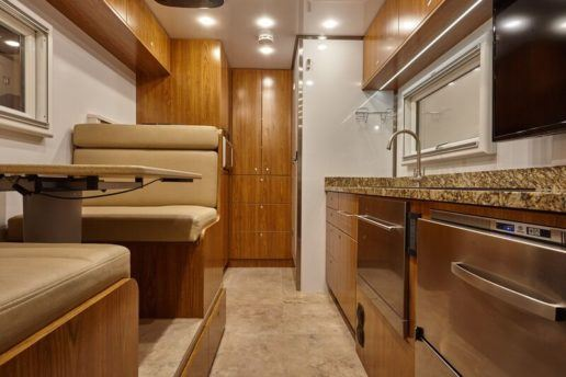 Global_Expedition_Vehicles_UXV_MAX_interior
