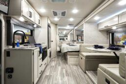 Picture of Thor Motor Coach's Type A Hurricane 35M