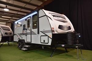A picture of the 2021 Winnebago Micro Minnie travel trailer