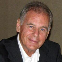 A picture of Ken Anderson