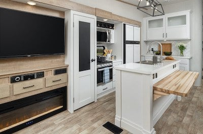 A picture of the Keystone Arcadia kitchen