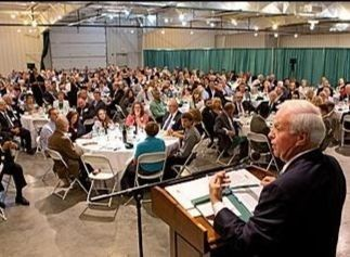 A picture of the RV/MH Hall of Fame dinner