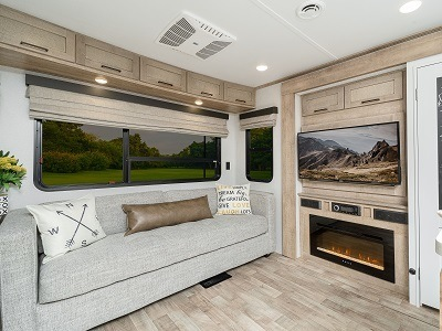 A picture of the Keystone Arcadia 370RL travel trailer interior