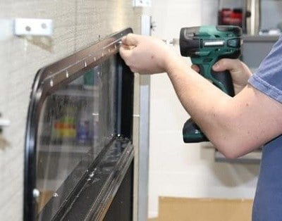 A picture of an RVTI technician in class