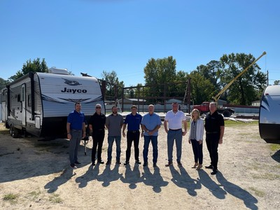 A picture of RV Retailer and Sherrod's RV Center staff together outside the dealership in Beaumont, Texas